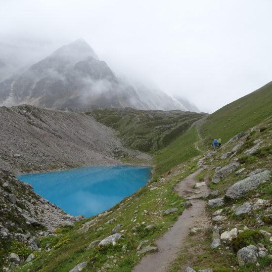 manaslu trekking