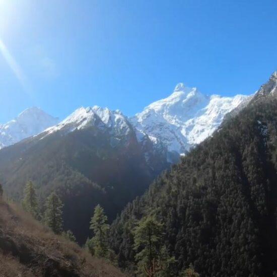 tsum vallei trekking